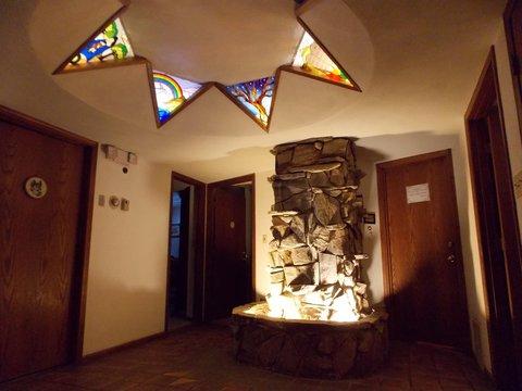 7 Gables Inn - Lobby view
