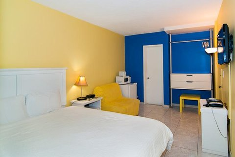 Premiere Hotel - Guest room