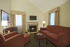 Room - New Haven Village Suites