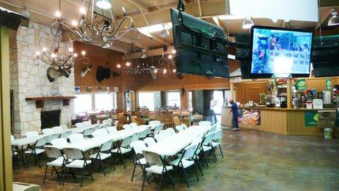 Rustic Creek Ranch Resort - Lobby view