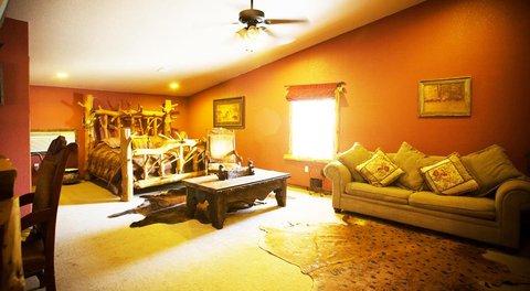 Rustic Creek Ranch Resort - Guest room