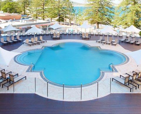Crowne Plaza TERRIGAL - Swimming Pool