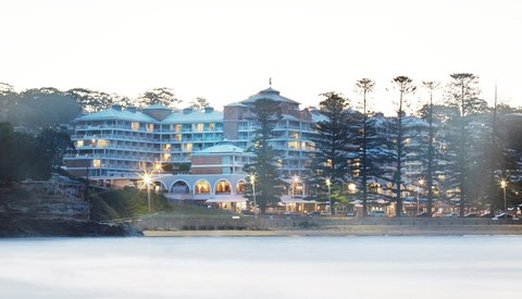 Crowne Plaza TERRIGAL - Exterior Feature