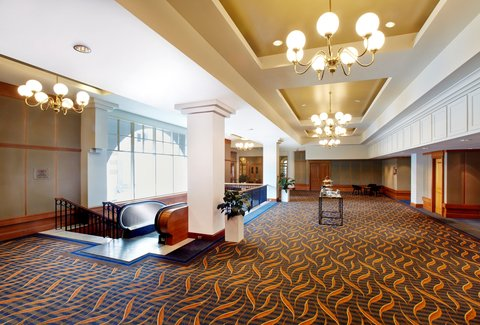 Crowne Plaza TERRIGAL - Pre-function Area