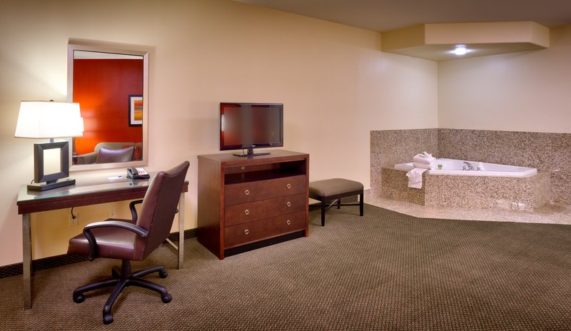 Holiday Inn Express & Suites MESQUITE - Mesquite, NV