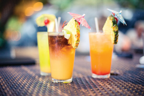 Outrigger Reef on the Beach - Outrigger Reef Waikiki Beach Resort - dining - kani ka pila grillee - drinks 1