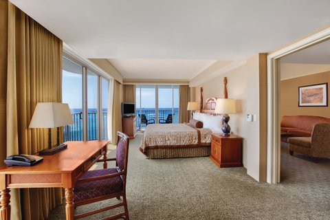 Outrigger Reef on the Beach - Outrigger Reef Waikiki Beach Resort - interior - oceanfront 1 bedroom 2