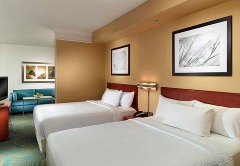 SpringHill Suites Atlanta Buckhead - Queen Queen Suite - Sleeping Area