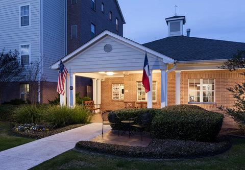 TownePlace Suites Austin Northwest - Exterior