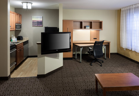 TownePlace Suites Austin Northwest - One-Bedroom Suite - Living Area