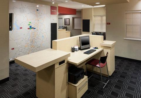 TownePlace Suites Austin Northwest - Business Center