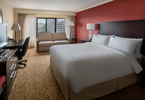 Marriott Long Wharf Hotel - King Guest Room with Sofa Bed