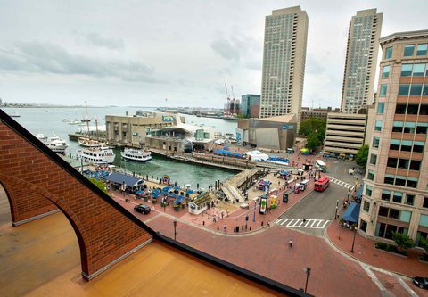 Marriott Long Wharf Hotel - Boston Harbor Guest Room View