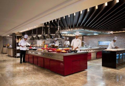 JW Marriott Mussoorie Walnut Grove Resort & Spa - JW Caf  - Live Kitchen