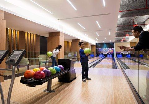 JW Marriott Mussoorie Walnut Grove Resort & Spa - The Den   Bowling Area