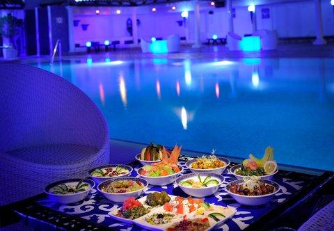 فندق ماريوت جي دبليو دبي - Awafi Rooftop Pool Lounge - Details