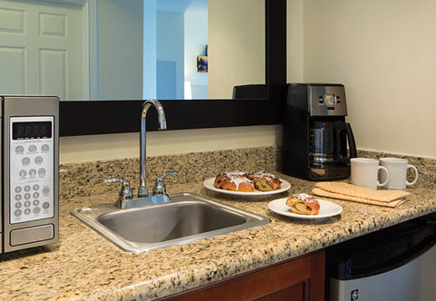 Marriott's BeachPlace Towers - Guest Room - Kitchenette