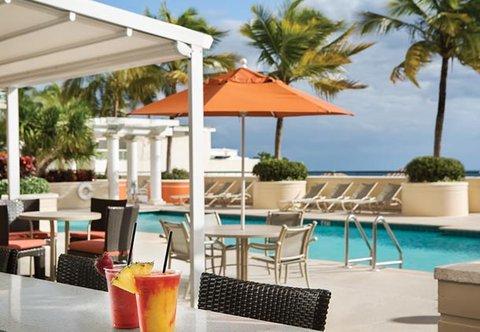 Marriott's BeachPlace Towers - Splash Pool Bar   Grill