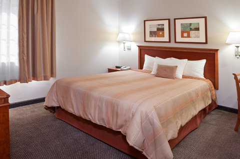 Candlewood Suites POLARIS - King Guest Bed Room