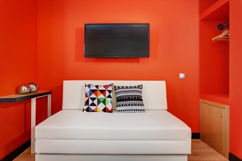 Colors Central Ladadika - In Room Amenities