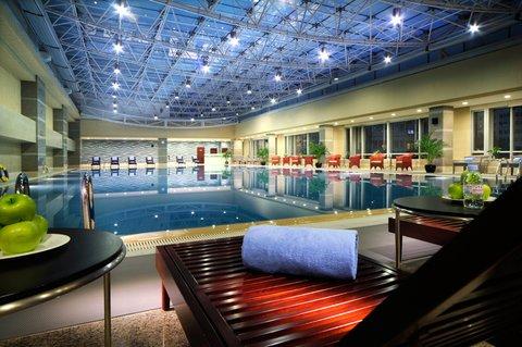 北京中关村皇冠假日酒店 - Swimming Pool