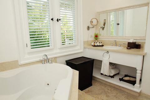 Tortuga Bay Hotel - Bathroom Junior Suite