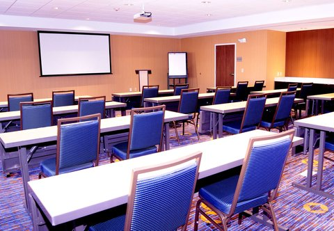 Courtyard Jackson Airport/Pearl - Meeting Room   Classroom Setup