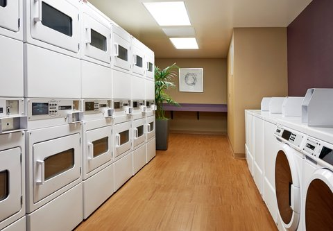 Residence Inn Los Angeles L.A. LIVE - Guest Laundry