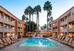 Hotels Near Palm Springs Airport With Shuttle