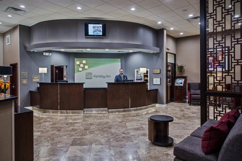 Holiday Inn Hotel & Suites ANAHEIM - FULLERTON - A Warm Welcome During Arrival