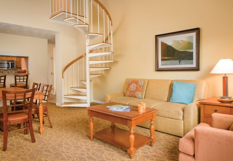 Marriott''S Streamside At Vail-Douglas Hotel - One-   Two-Bedroom Loft Villa   Living   Dining Areas