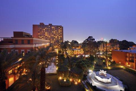 فندق ماريوت القاهرة و كازينو عمر الخيام - Garden Overview At Night