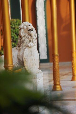 فندق ماريوت القاهرة و كازينو عمر الخيام - Lion Entrance Vertical