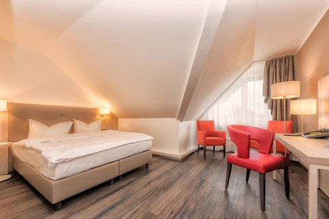 Hotel Breitbach - Room1