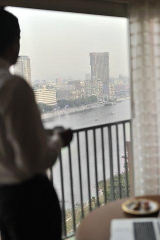 فندق ماريوت القاهرة و كازينو عمر الخيام - Executive Lounge Nile View Vertical