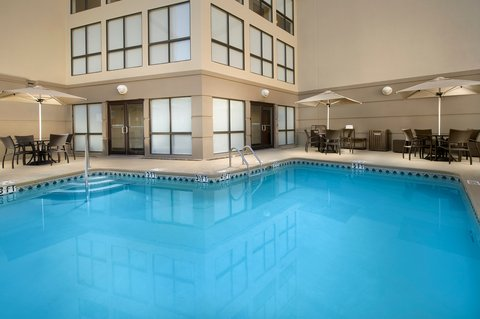 Wingate by Wyndham El Paso Airport - Holiday Inn El Paso Outdoor Swimming Pool