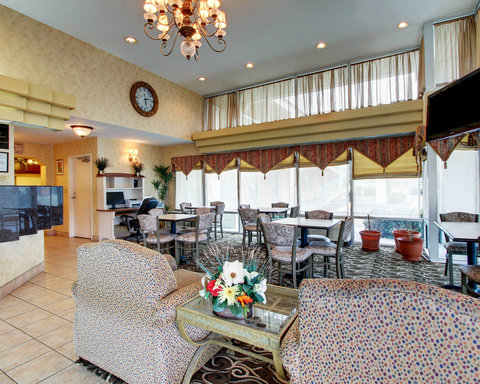 Quality Inn - Interior