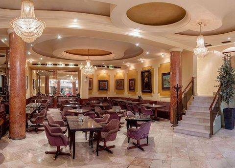 Hotel Majestic - Caffee   Bar