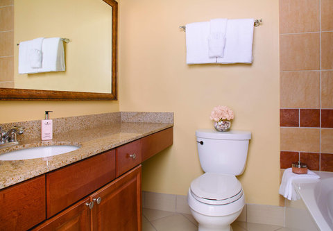 Marriott's Harbour Point and Sunset Pointe at Shelter Cove - Harbour Point - Villa Master Bathroom