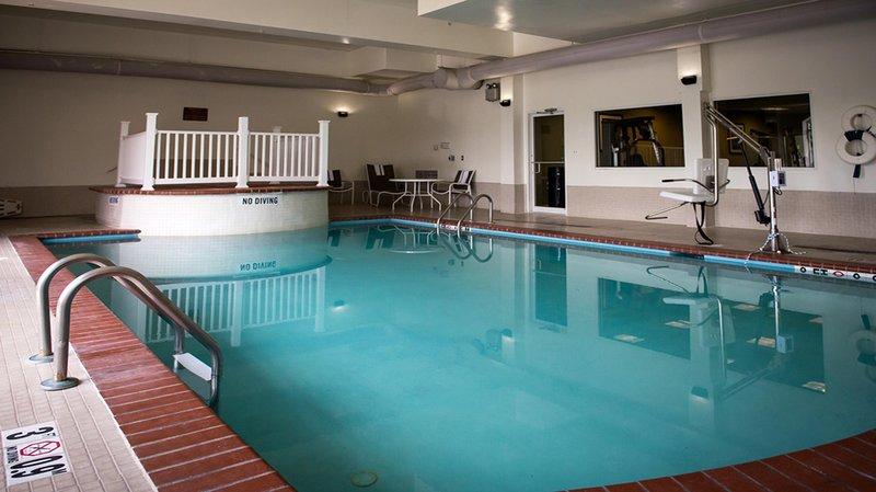 Holiday Inn Express LA PLATA - La Plata, MD