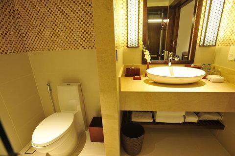 Salinda Premium Resort and Spa - Bsthroom Deluxe