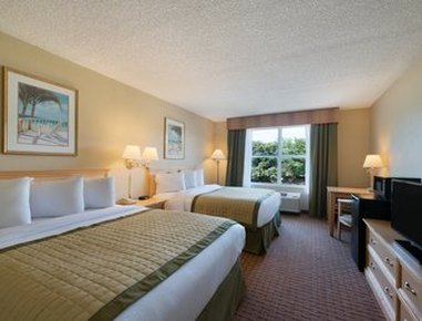 Baymont Inn & Suites Fort Myers Airport - Standard Double Room