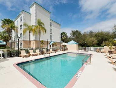 Baymont Inn & Suites Fort Myers Airport - Pool