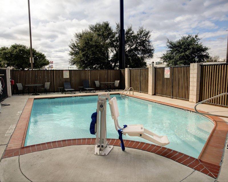 Comfort Suites - San Marcos, TX
