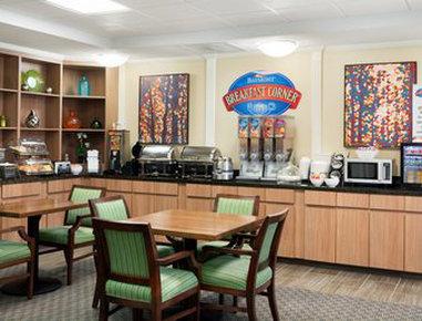 Baymont Inn & Suites Odessa - Breakfast Area