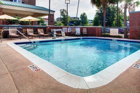 Hampton Inn Columbia Downtown Historic District - Outdoor Pool