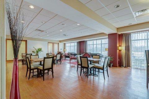 Hampton Inn St Louis-Columbia - Breakfast Space
