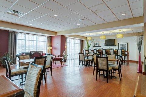 Hampton Inn St Louis-Columbia - Lobby Area