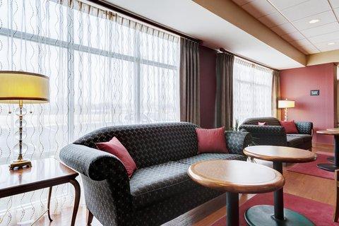 Hampton Inn St Louis-Columbia - Hotel Lobby Lounge