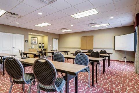 Hampton Inn St Louis-Columbia - Meeting with Projector
